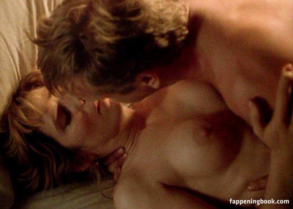 jennifer love hewitt nude gif