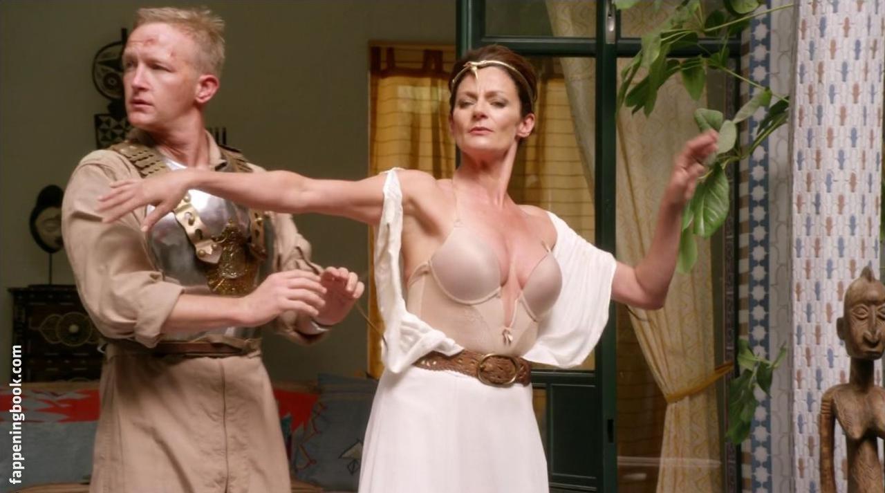 Michelle Gomez Nude