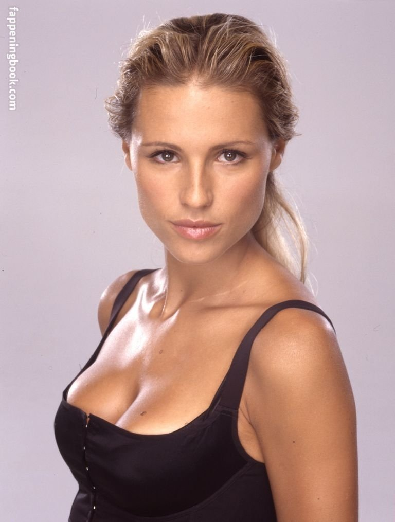 Michelle Hunziker Nude, Sexy, The Fappening, Uncensored