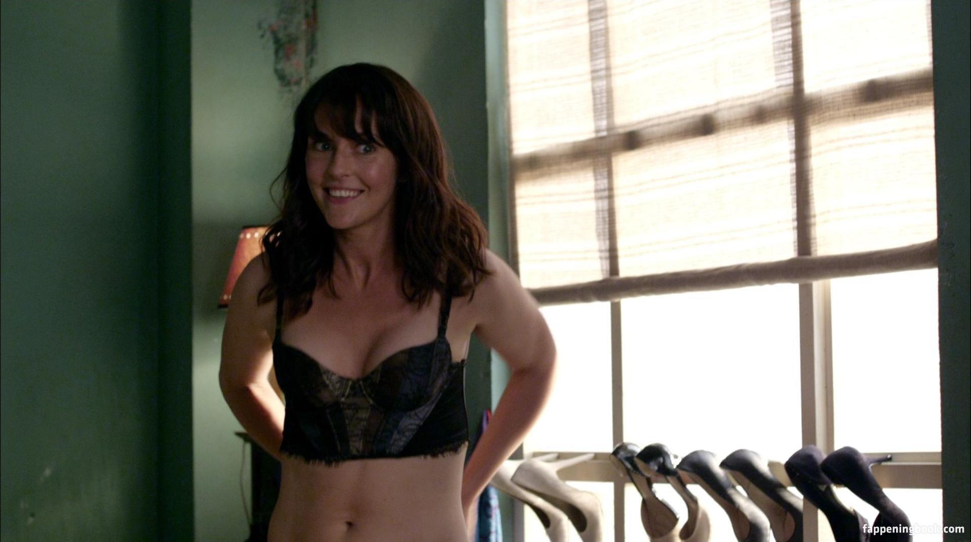 Michelle Langstone  nackt