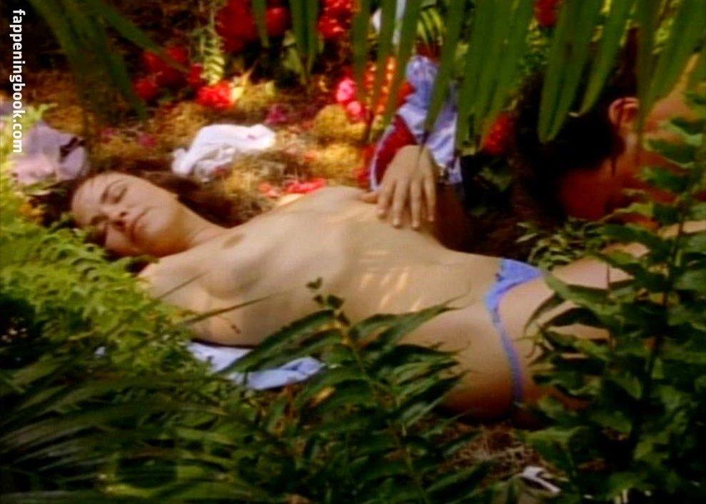 Michelle Moffett Nude