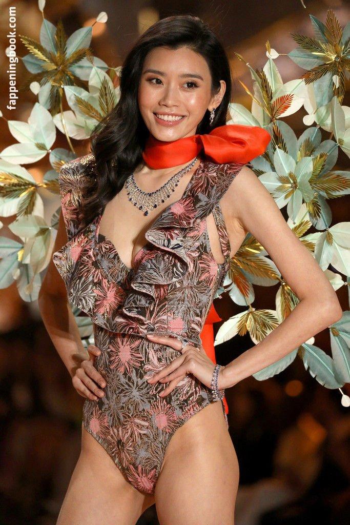 Ming Xi Nude
