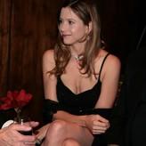 Sorvino nackt Mira  Kate Mara