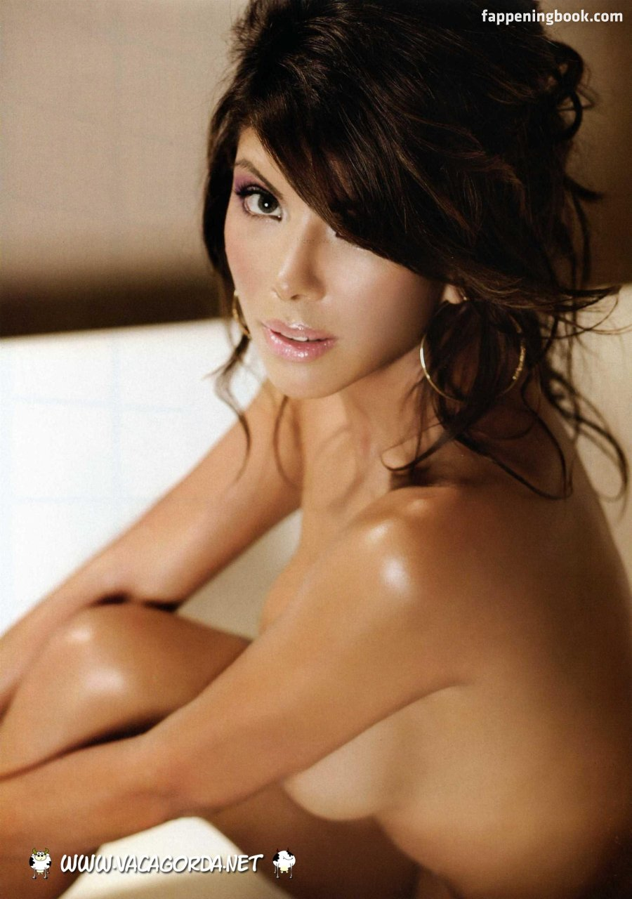 Nackt Alicia Andrews  Alicia Andrews