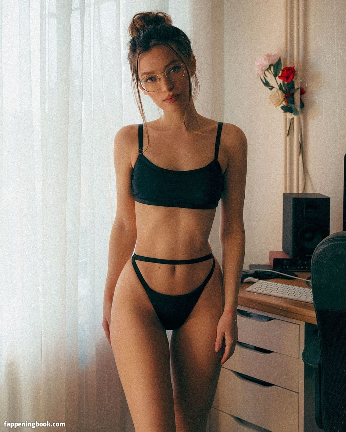 Miss Bo Nude