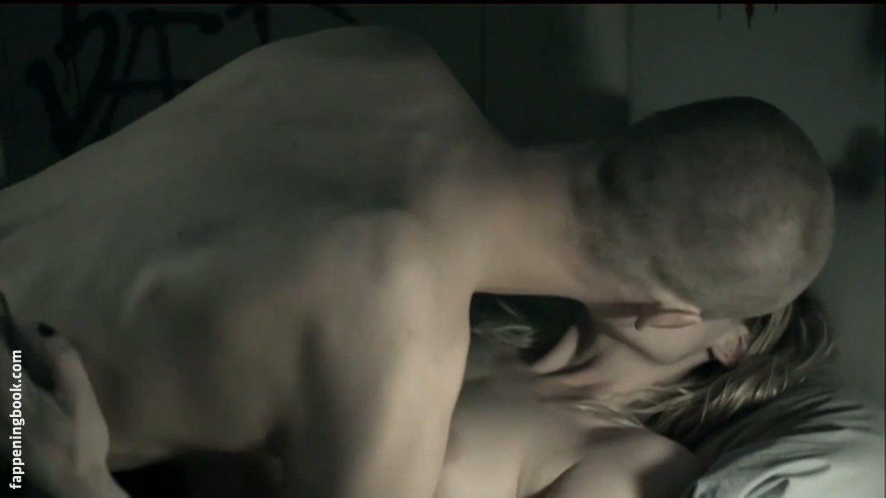 Molly Blixt Egelind Nude
