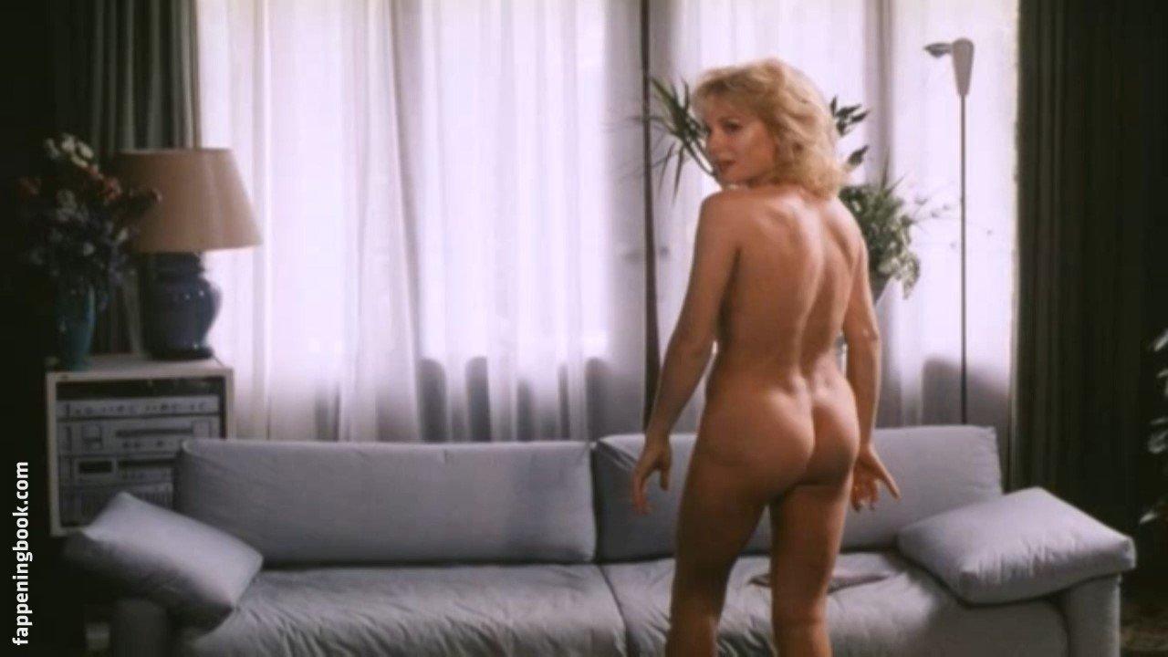 Van nackt monique de ven Hot sex