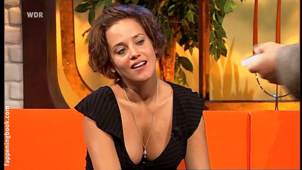 Jennifer Sabel  nackt