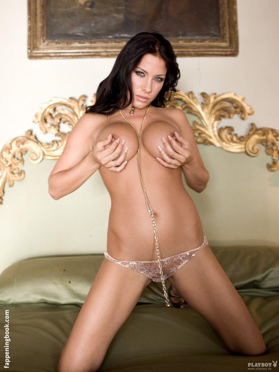 Sharon Kaugh  nackt