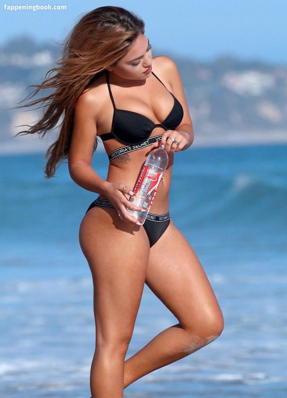 Natalia Skye Nude