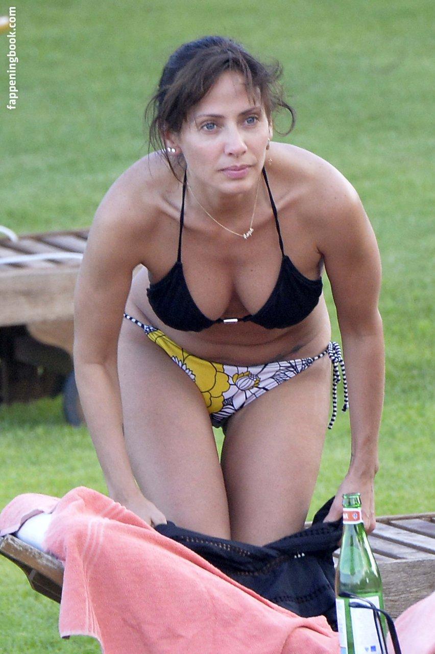 Natalie Imbruglia Nude