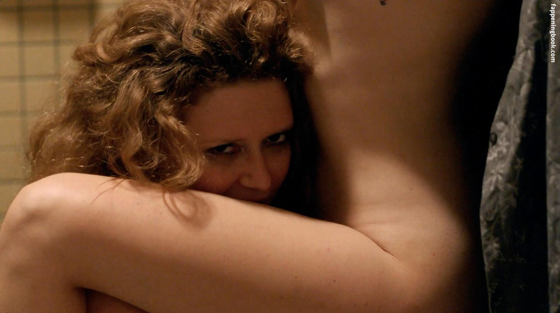 Natasha lyonne fake nudes — photo 2