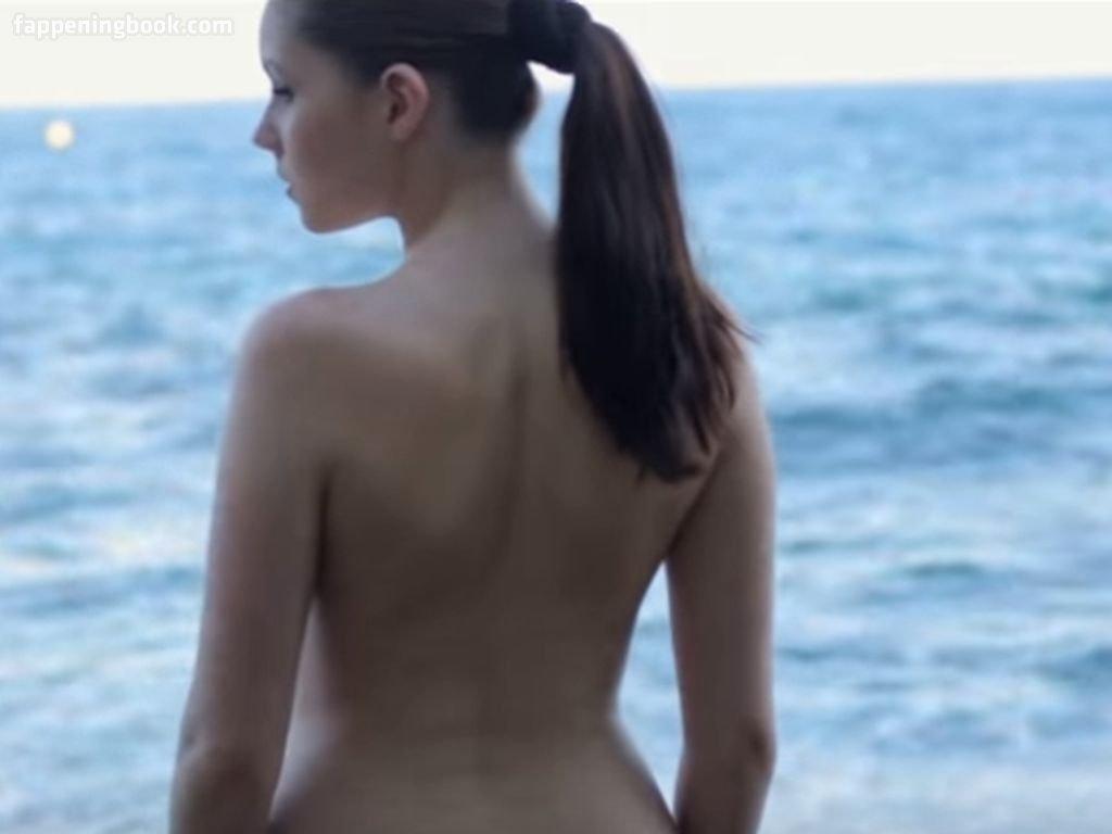 Silva  nackt Camila 25 Hottest