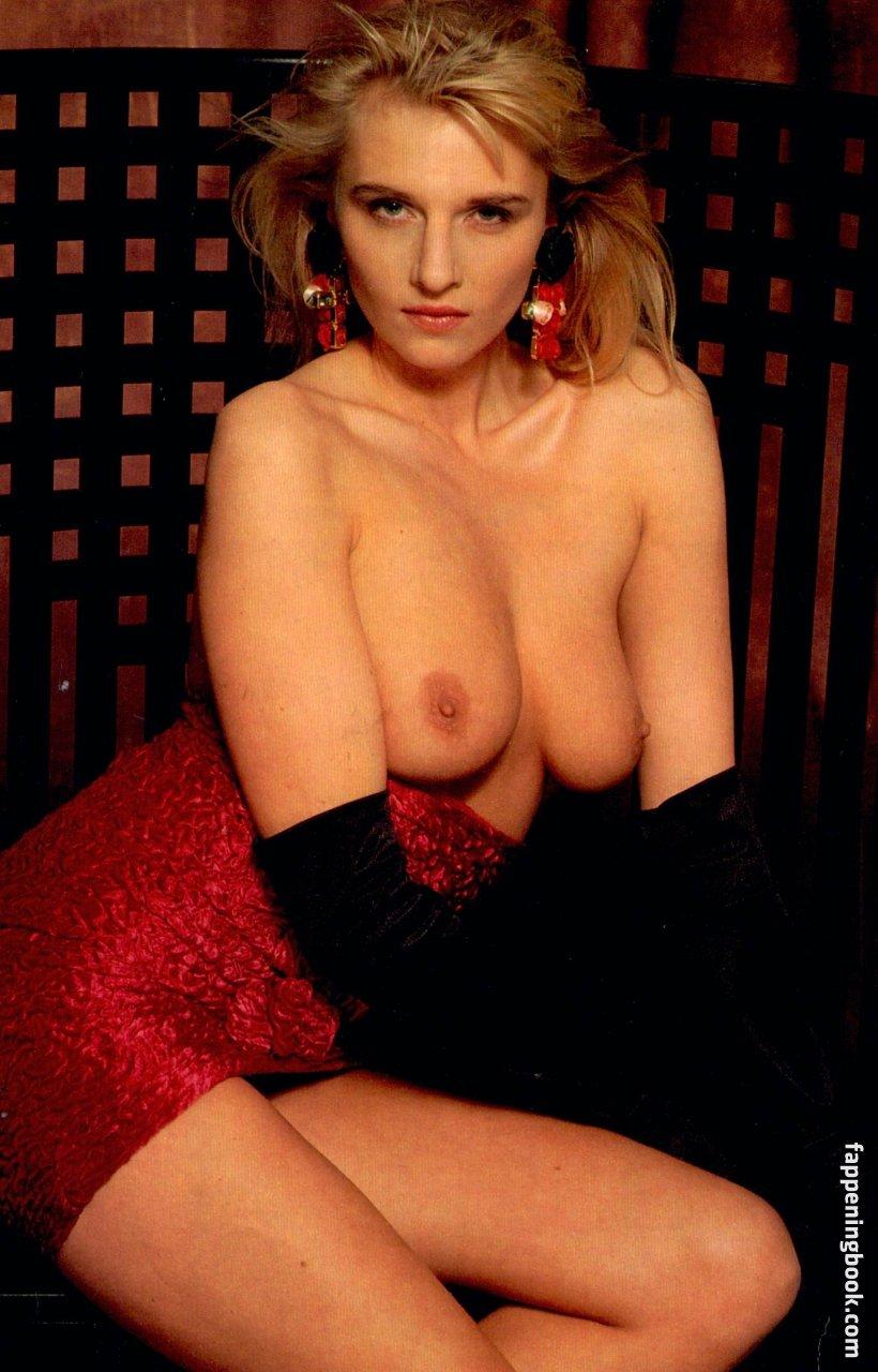 Laura nackt Ritz 41 Sexiest