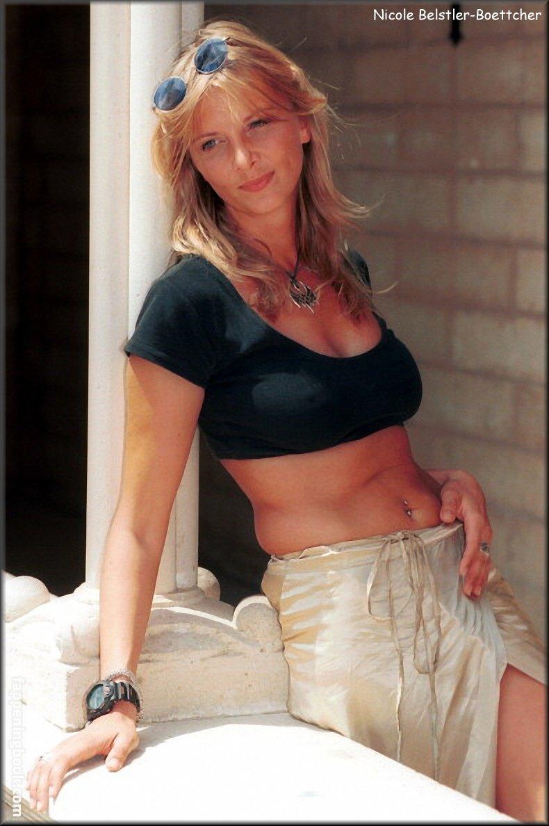 nackt Meneghel Xuxa Fotos videos