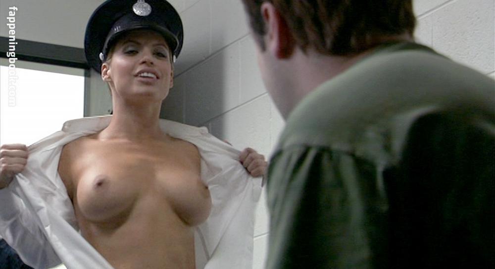Nicole Gordon Nude