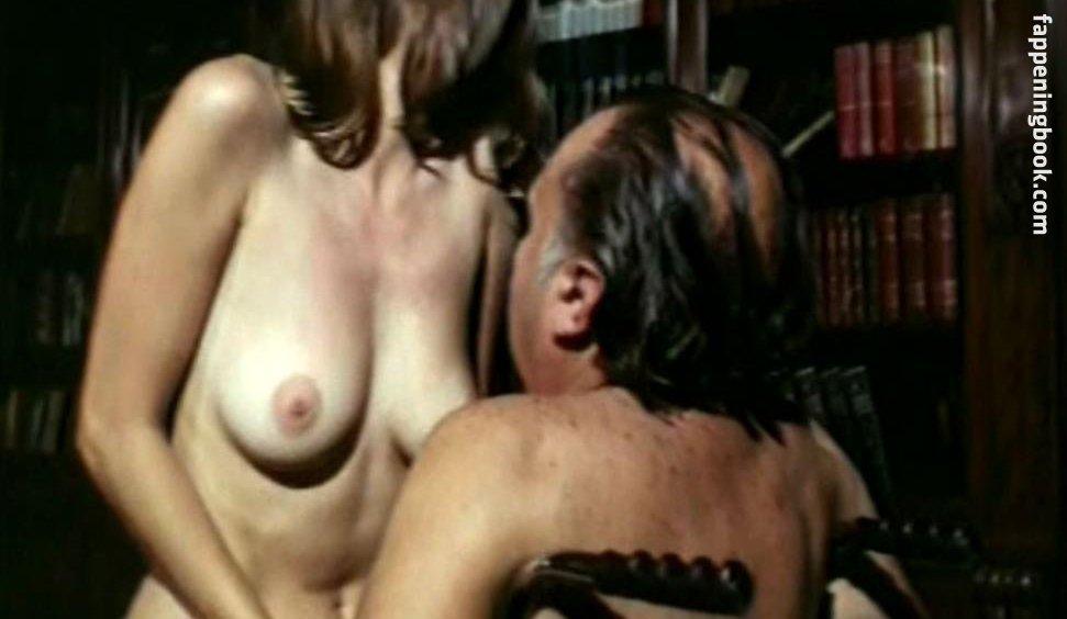 Nicole nackt Leroux Bank of
