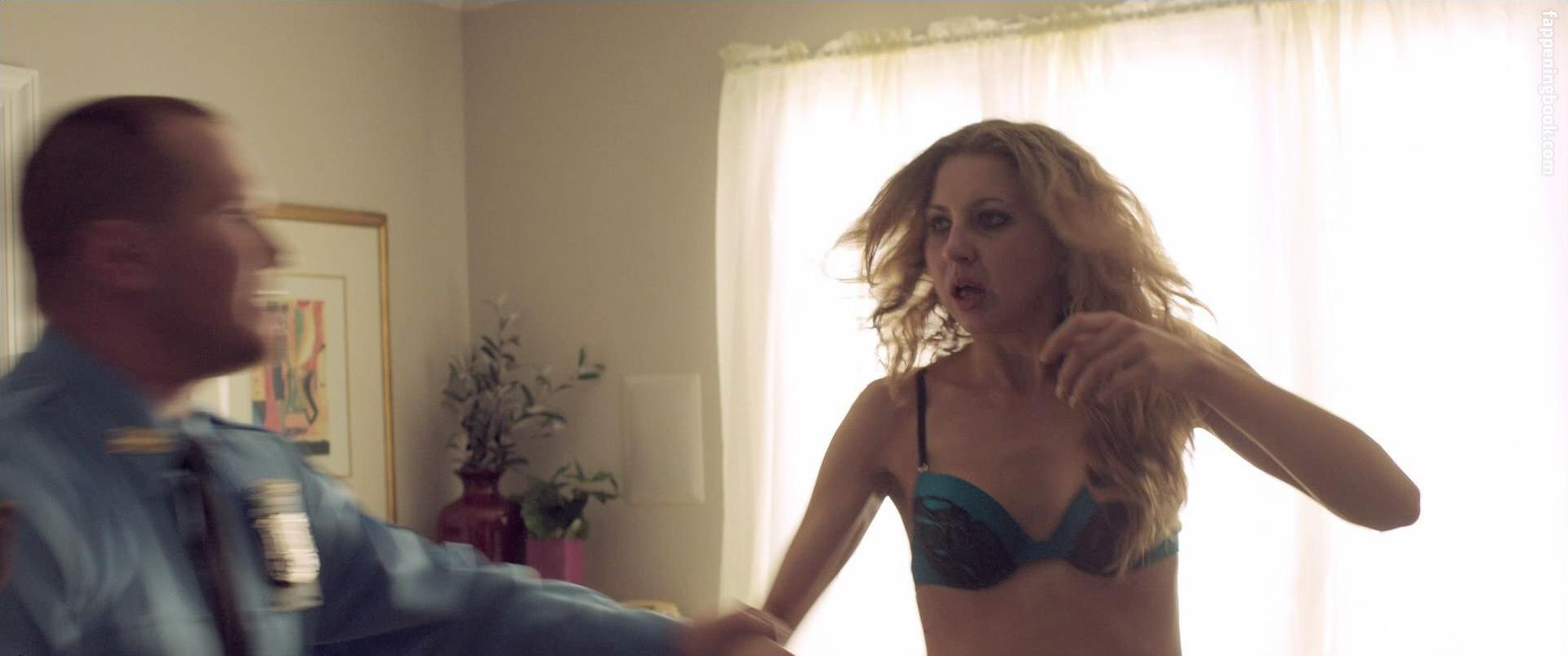 Nackt Nina Arianda  Scene Stealer: