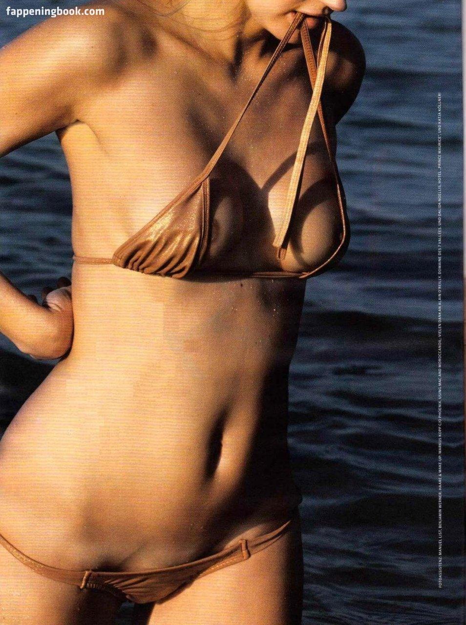 Stephanie Restivo  nackt