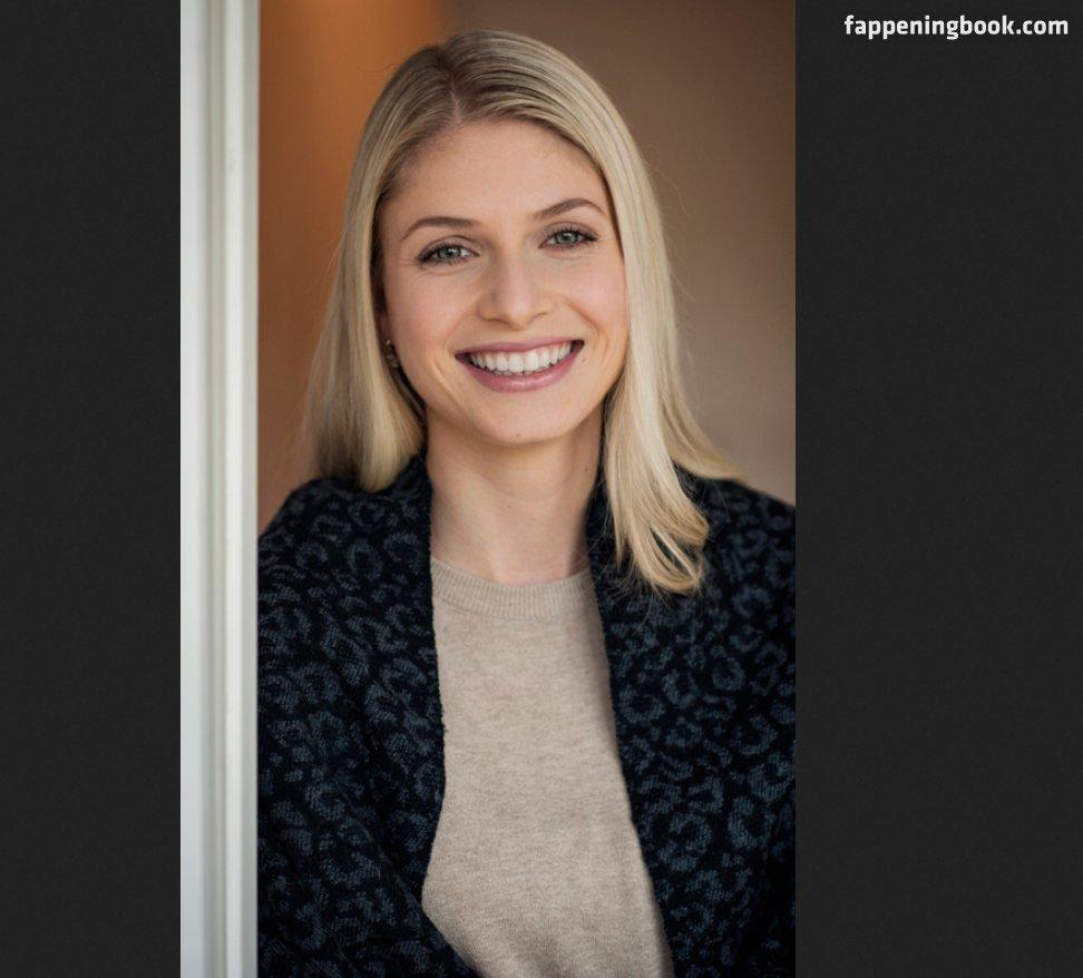 Anastasia Heonis  nackt