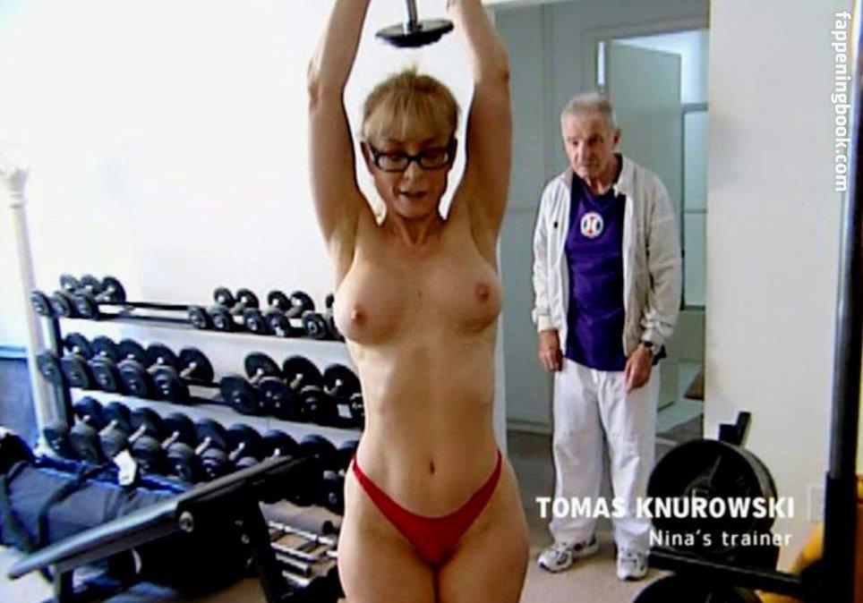 Women chubby nude