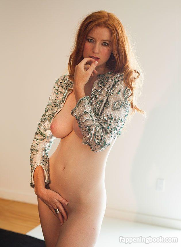 McGahan nackt Anna  Anna McGahan
