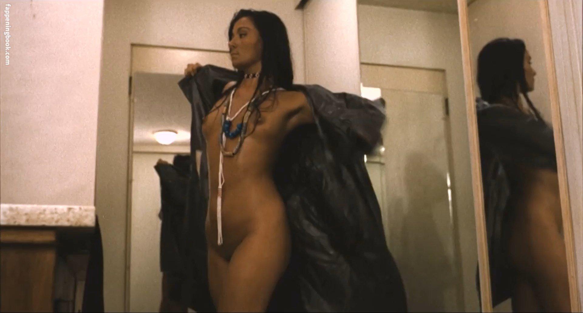 Kimberly Oja  nackt