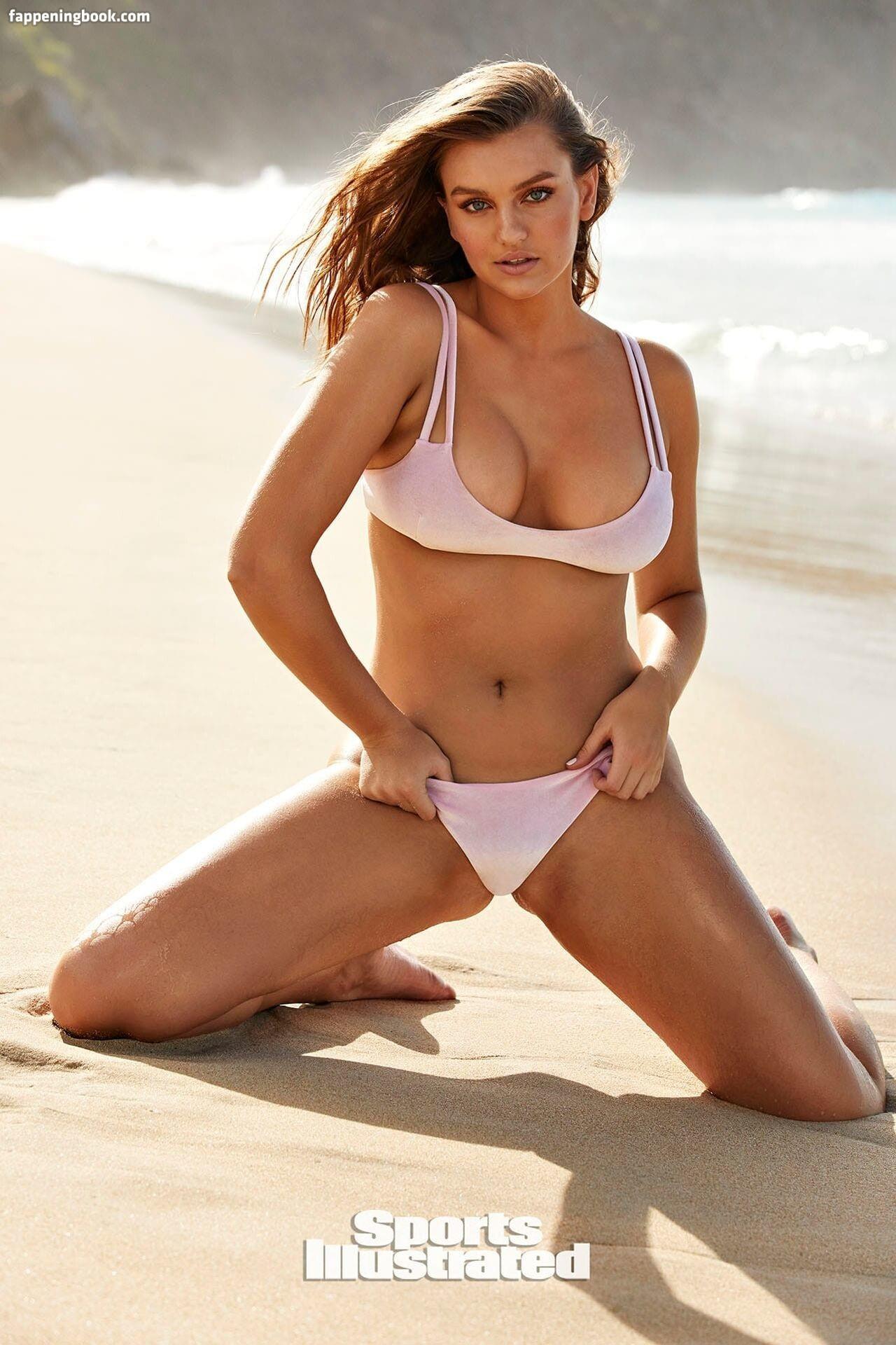 Demi Rose prezentuje swoje wdzięki w skąpym bikini! Co za