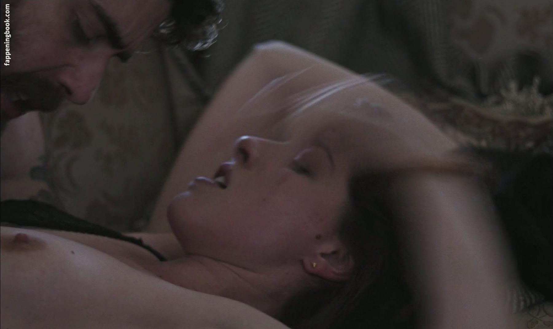 Nackt evelyn opela Evelyn Opela