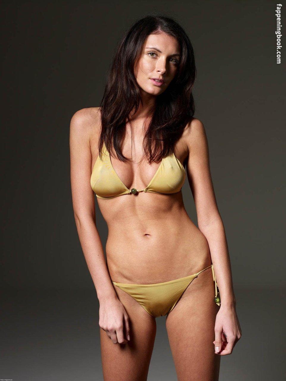 Andrea Cronberg  nackt