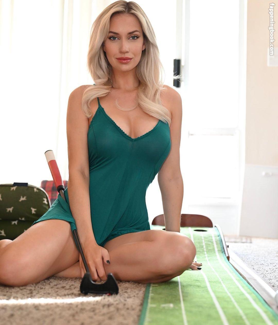Charlotte Talpaert  nackt