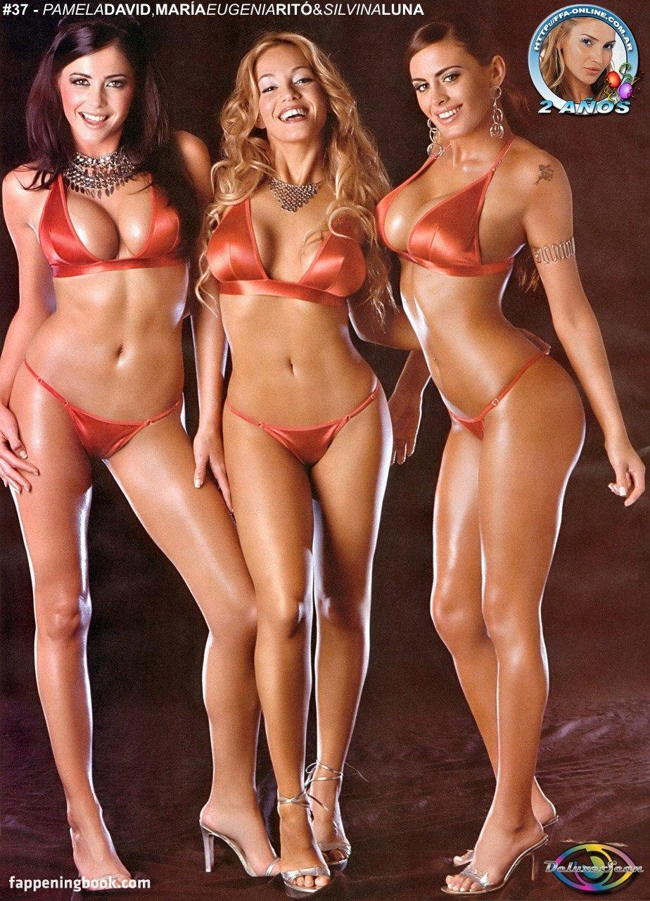 Pamela David Zeigt Ihren Sexy Körper