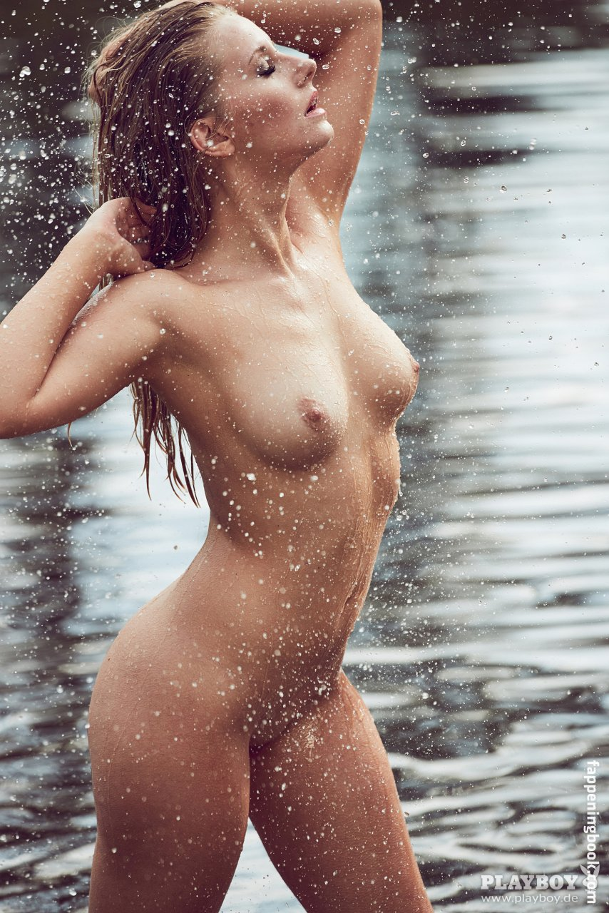 Playboy nackt patrizia dinkel im BILD Logo
