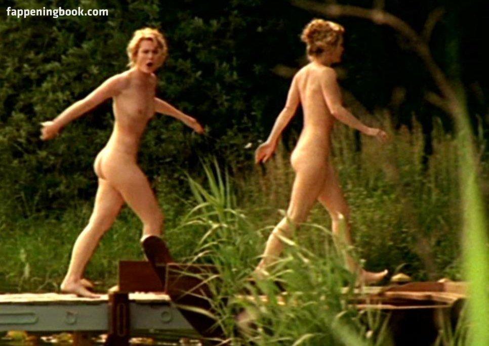 Pauline Knof  nackt