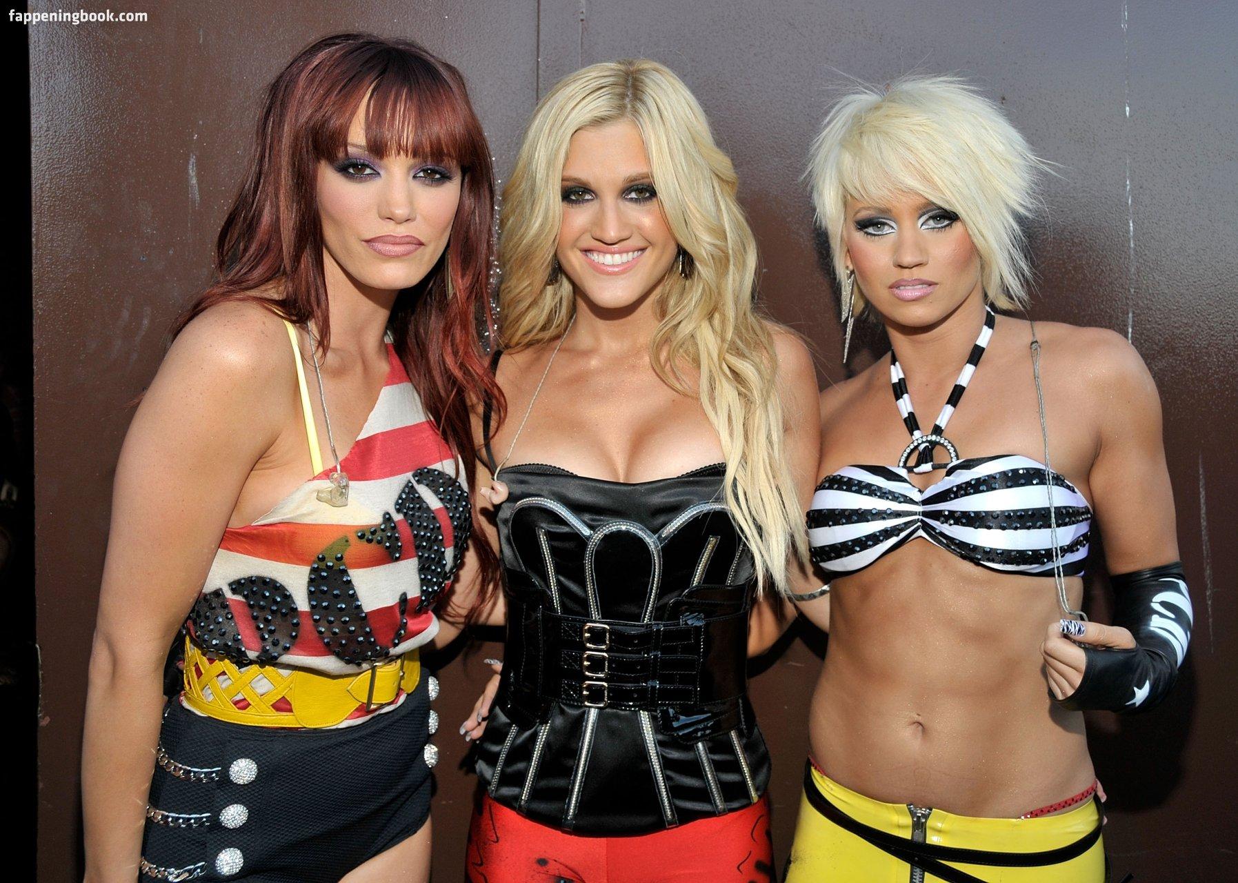 Pussycat Dolls  nackt