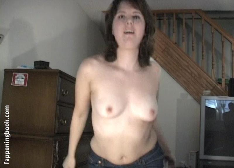 Rebecca Rose McCain  nackt