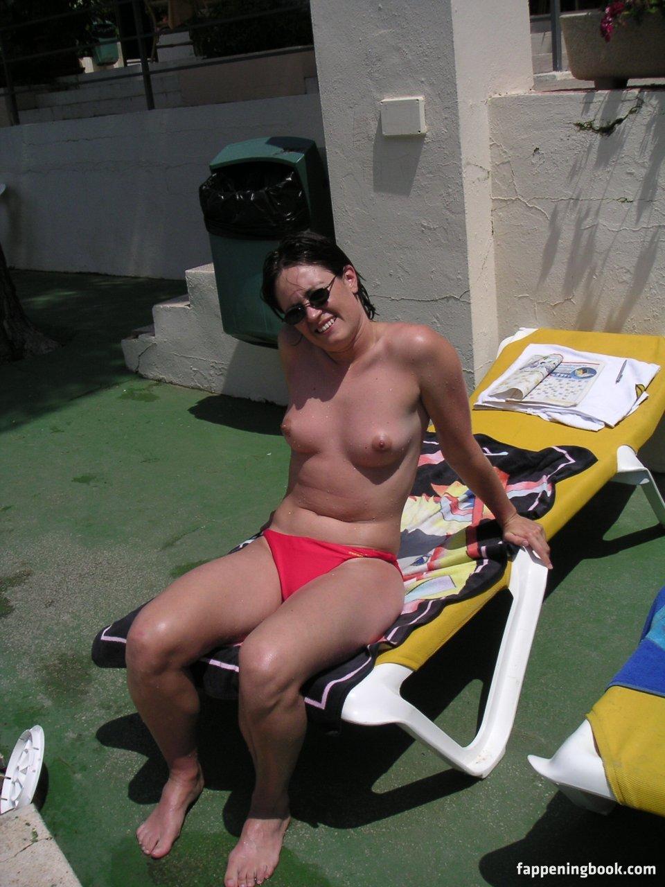 Nackt Annabelle Belmondo  Annabelle Belmondo