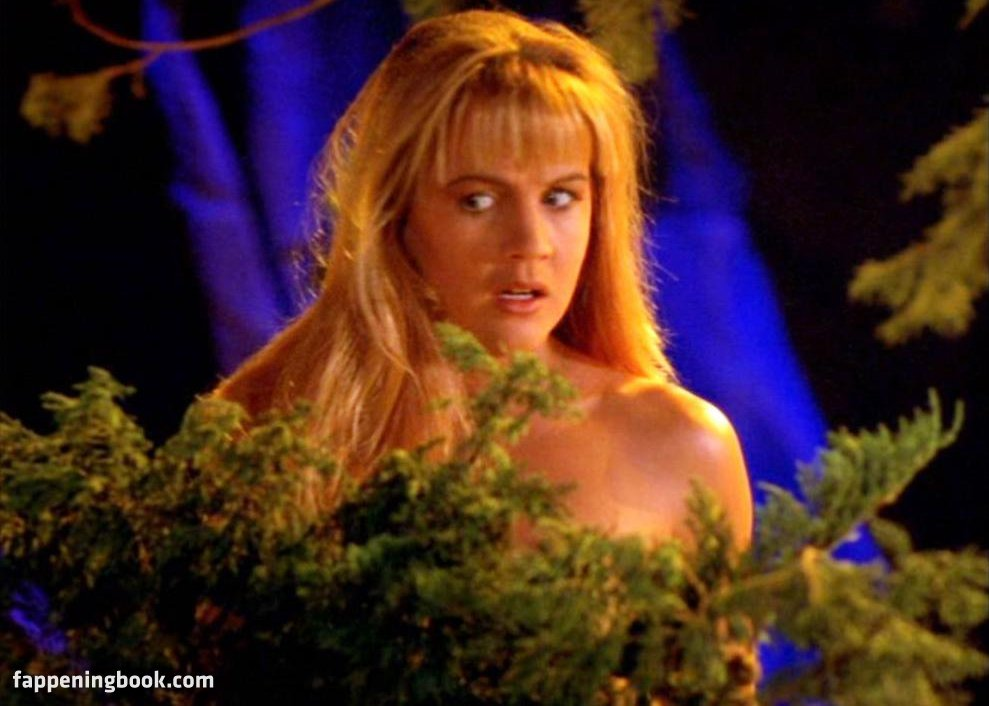 Renee OConnor Nude, Sexy, The Fappening, Uncensored