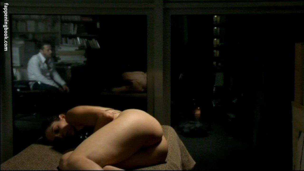 Hilbert nackt Louise Tina Descubre los