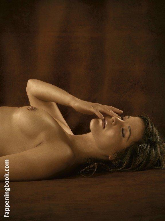 Romy Tarangul Nude