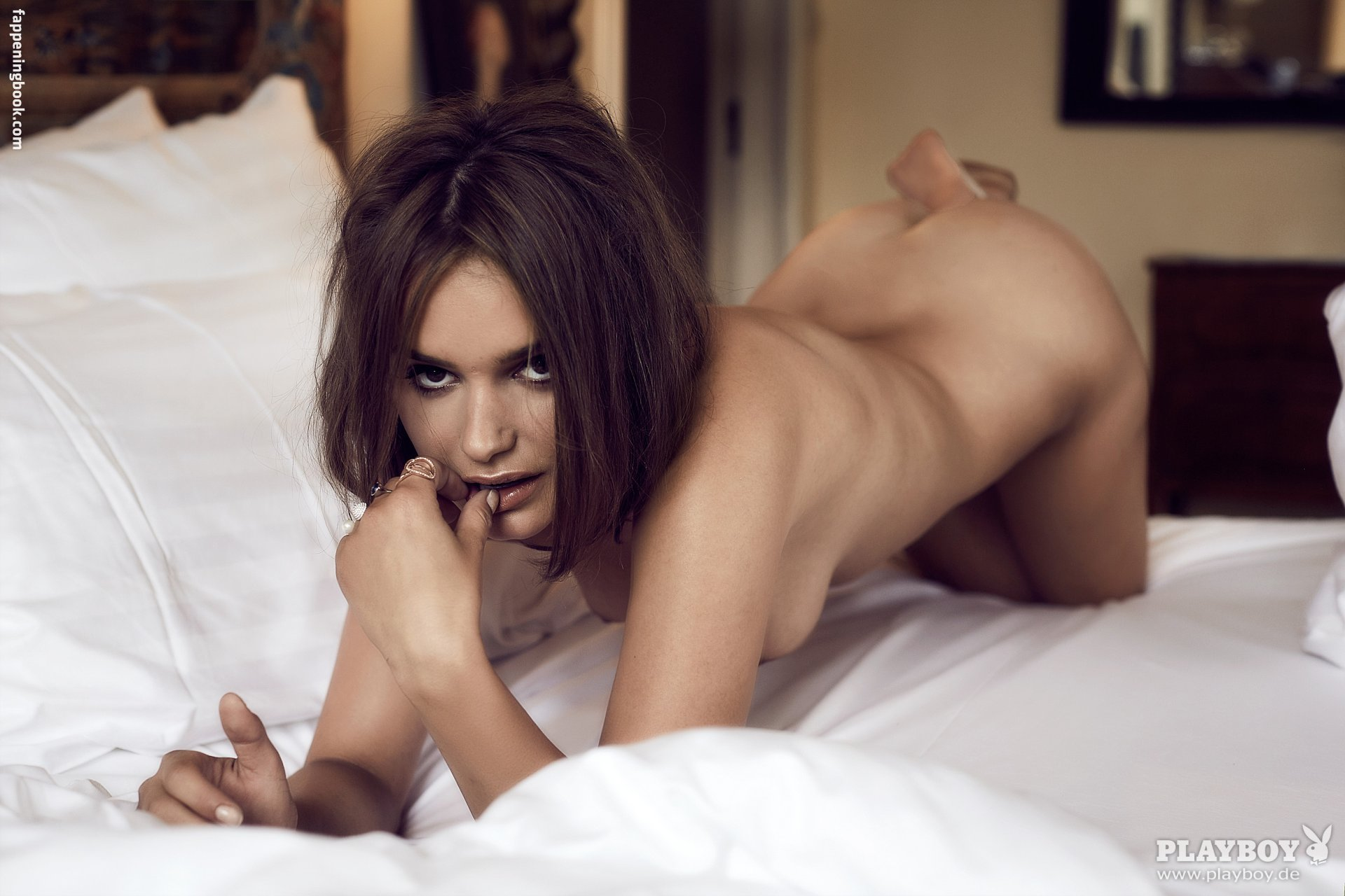 Sabina Toet  nackt