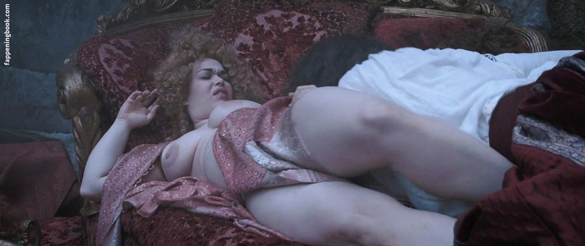 Sabrina La Torre  nackt
