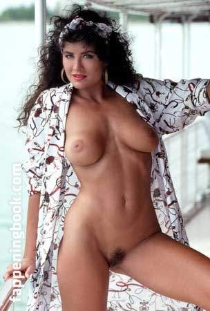 Pauline Korzun  nackt