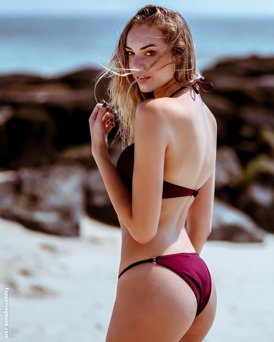 Stromberg  nackt Samantha Samantha Fox