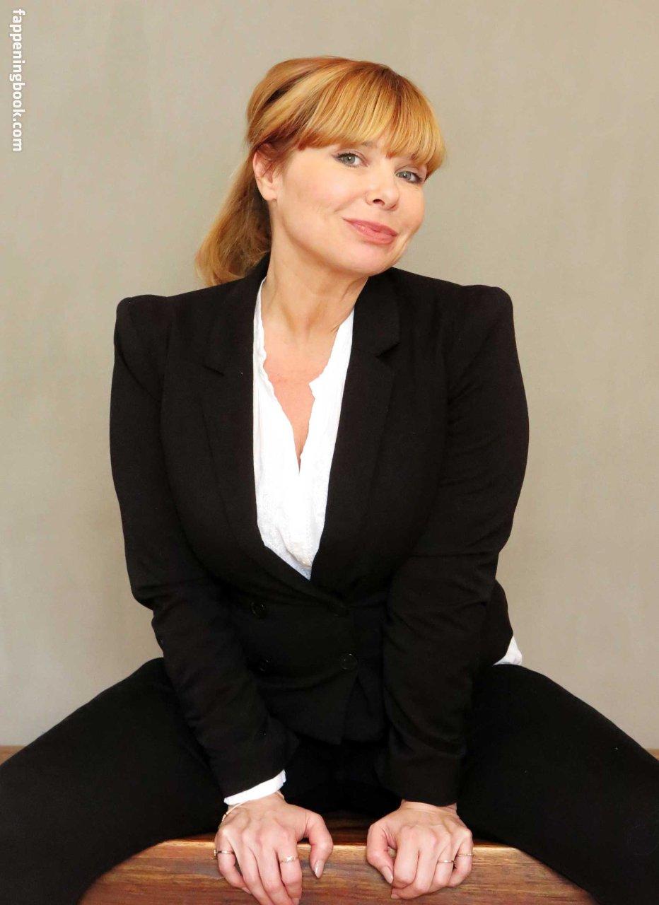 Sandra Steffl  nackt