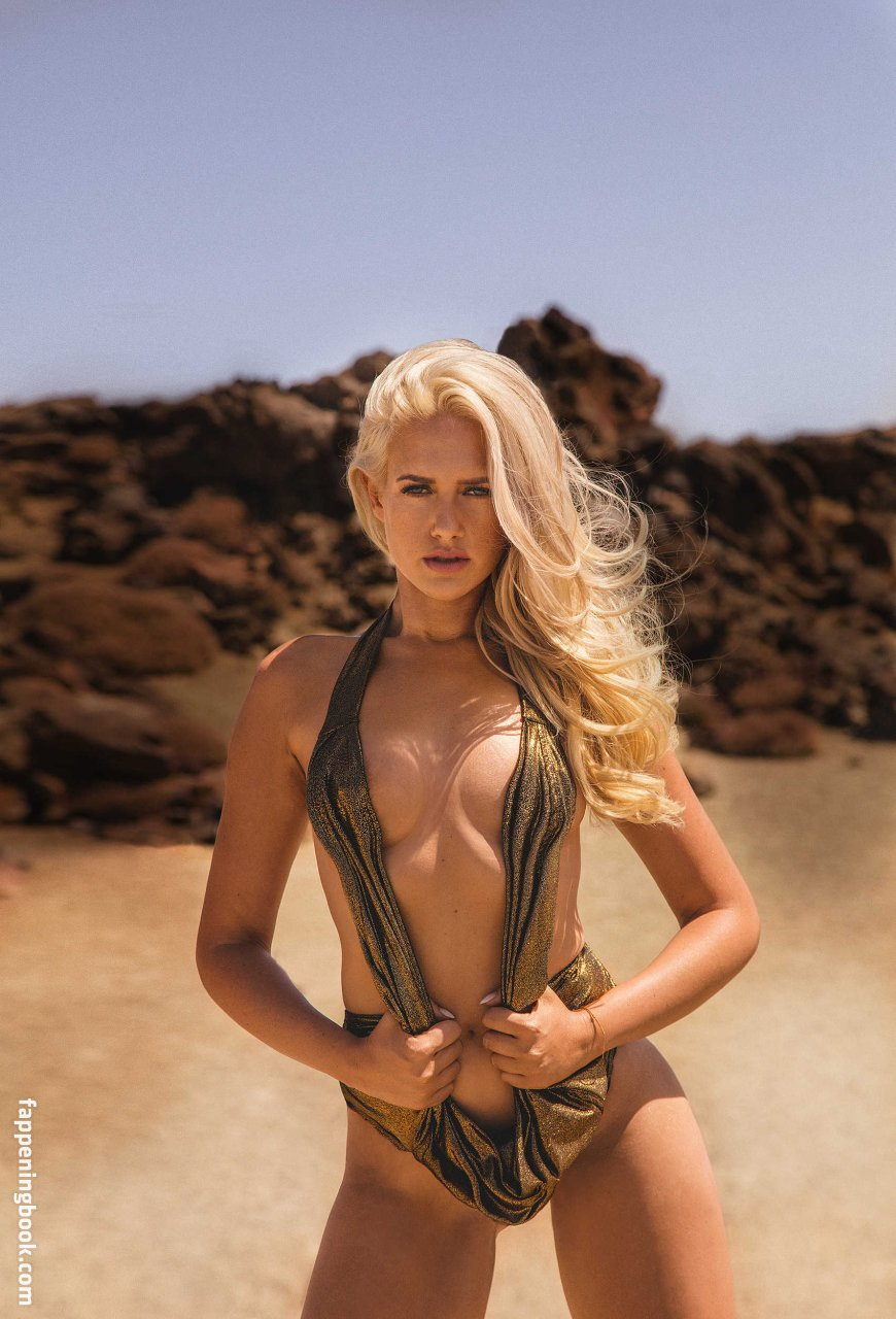 Sarah Knappik Nude, Sexy, The Fappening, Uncensored