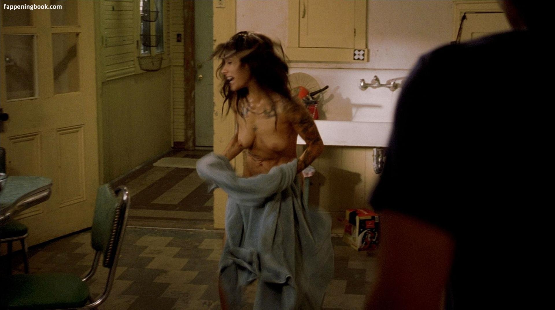 Andrea Osvárt Nuda sarah shahi nude, sexy, the fappening, uncensored - photo