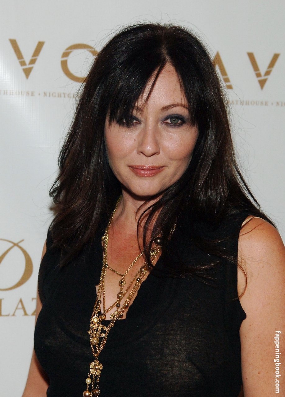 Shannen Doherty Nude, Sexy, The Fappening, Uncensored