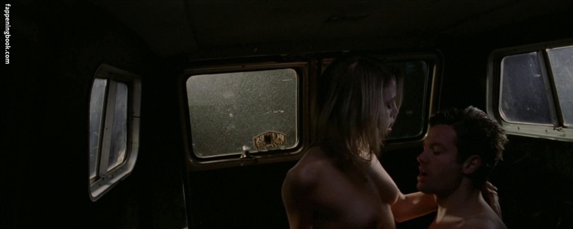 Shayla Beesley Nude