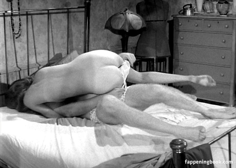 Sheila Howard  nackt